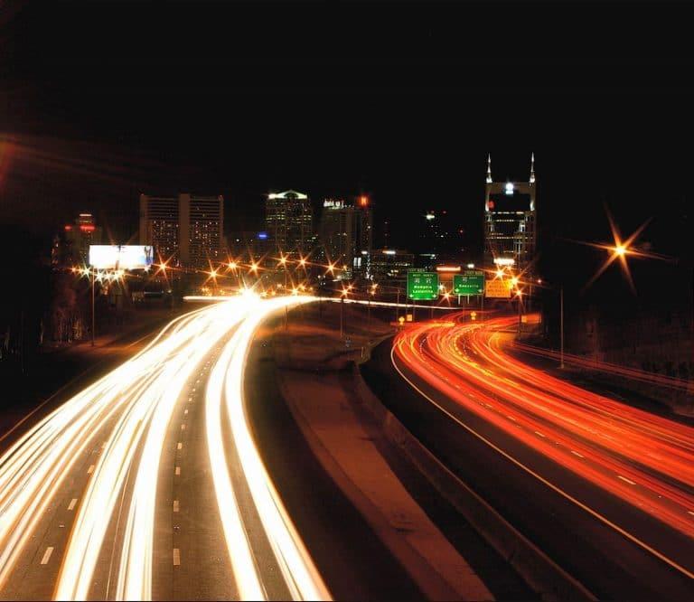 تجربة سرعة الجريان الحر  للطريق مع المناقشة (Free Flow Speed Test)