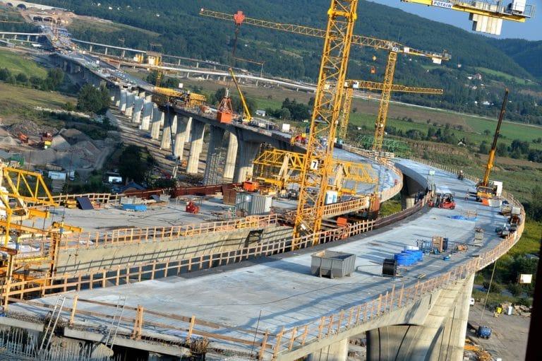 ما هي الهندسة المدنية؟ – كم هو راتب المهندس المدني في الخارج؟