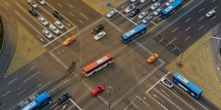 تجربة تحليل التقاطع المروري مع المناقشة (Traffic Intersection Analysis)