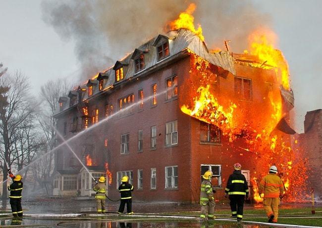 خصائص مقاومة الحريق لمواد البناء المشتركة